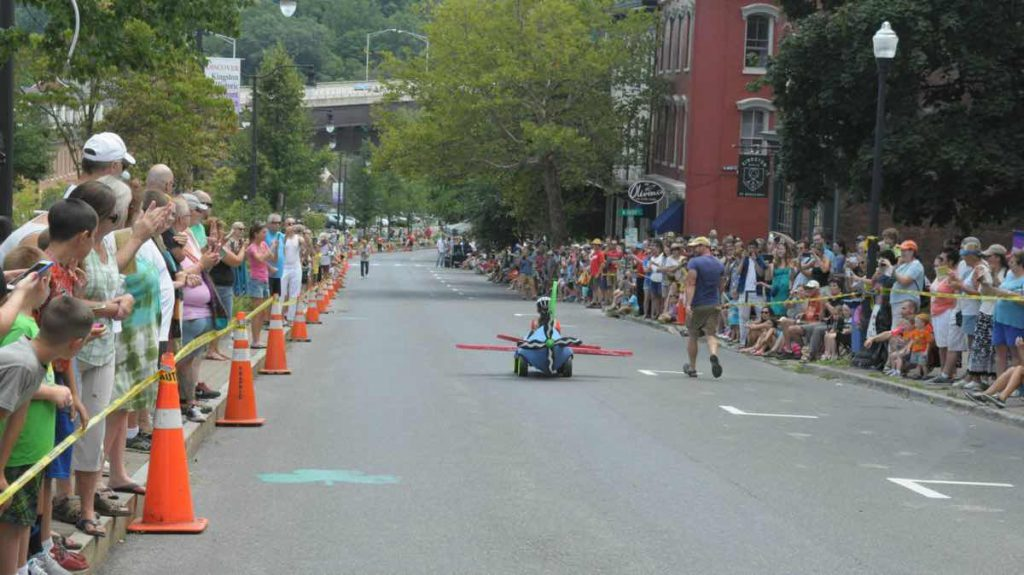 Kingston-Artist-Soapbox-Derby-047